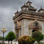 Patuxai, l'arc de triomphe de Vientiane